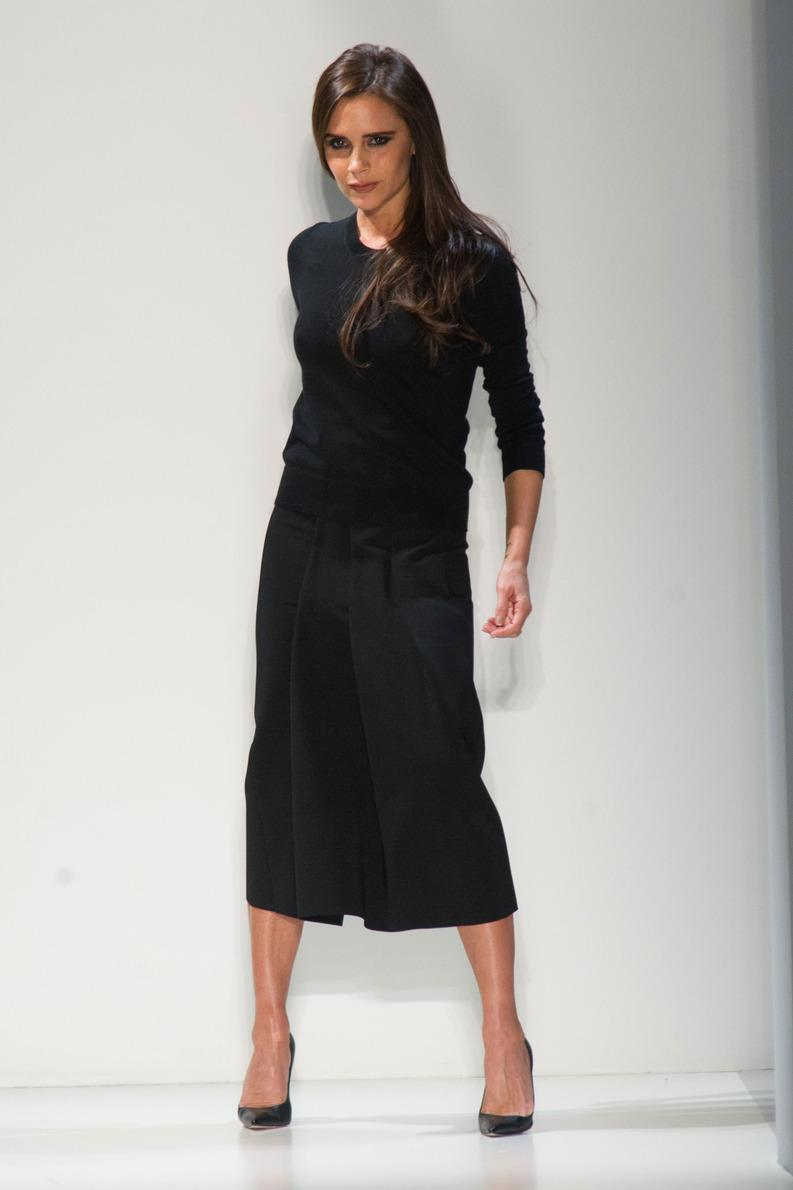 Le style victoria beckham le figaro madame - Coupe victoria beckham 2014 ...
