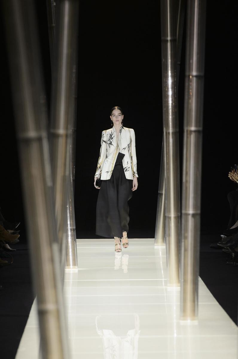 Défilé Giorgio Armani Privé Printemps-été 2015 Haute couture -... Giorgio Armani