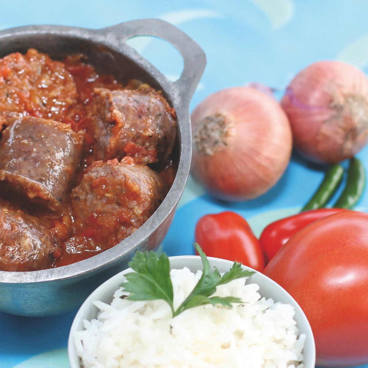 Recette rougail saucisses cuisine madame figaro - Cuisine reunionnaise recette ...