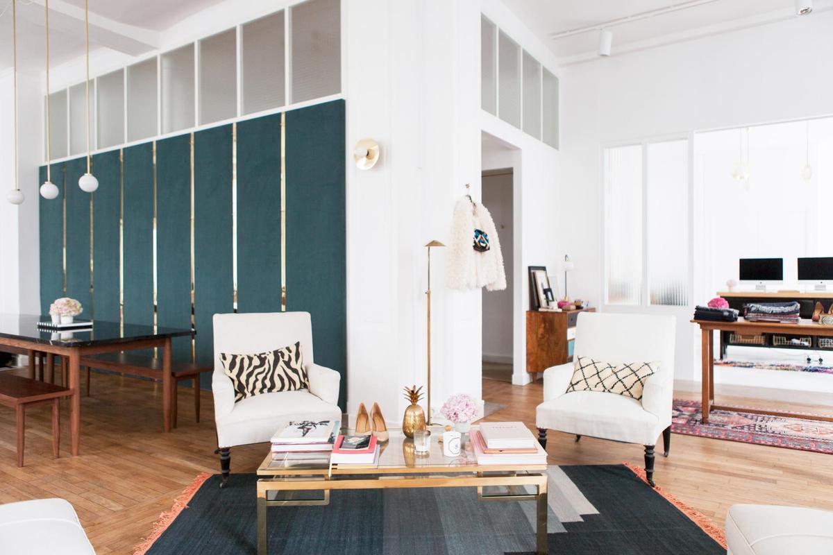 s zane ouvre la premi re boutique mode connect e le figaro madame. Black Bedroom Furniture Sets. Home Design Ideas