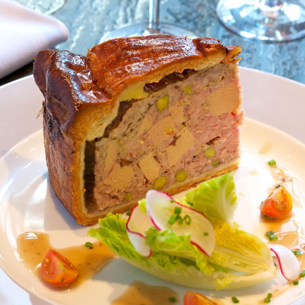 p t en cro te au foie gras une recette no l du terroir. Black Bedroom Furniture Sets. Home Design Ideas