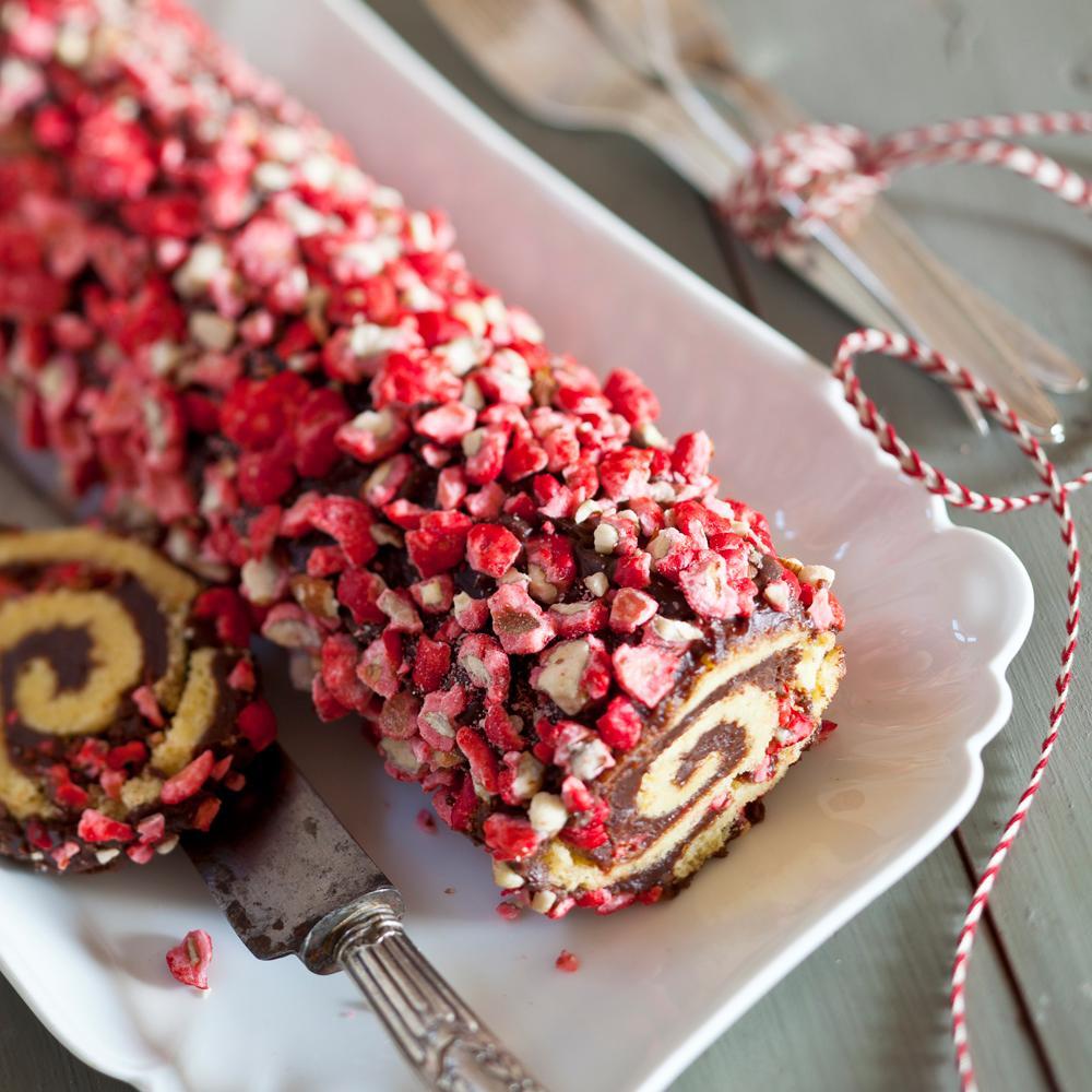 B che de no l aux pralines roses une recette no l cuisine le figaro madame - Buche de noel facile et legere ...