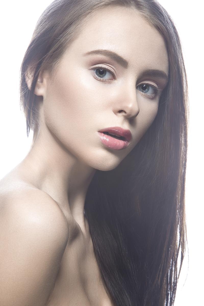 Maquillage de fêtes : Bien préparer sa peau pour se maquiller