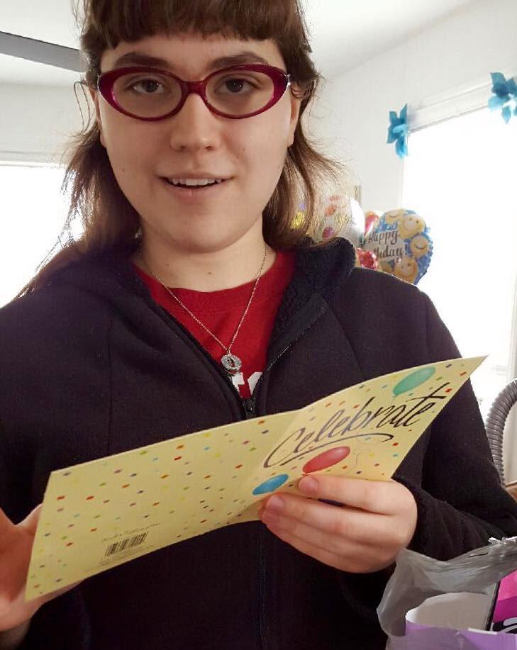 Grâce à Facebook, Hallee, jeune autiste, ne sera pas seule ... | 729 x 917 jpeg 71kB
