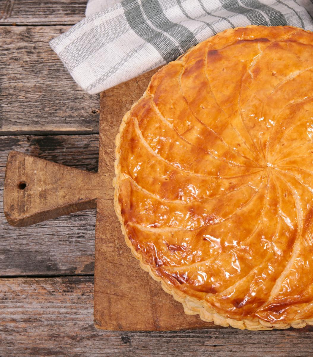 Recette galette des rois fourr e aux amandes cuisine - Decor galette des rois ...