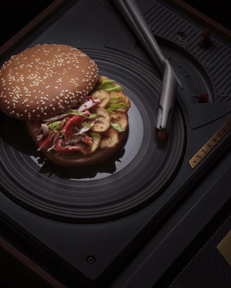recette burger au king crab creole et bananes cuisine. Black Bedroom Furniture Sets. Home Design Ideas