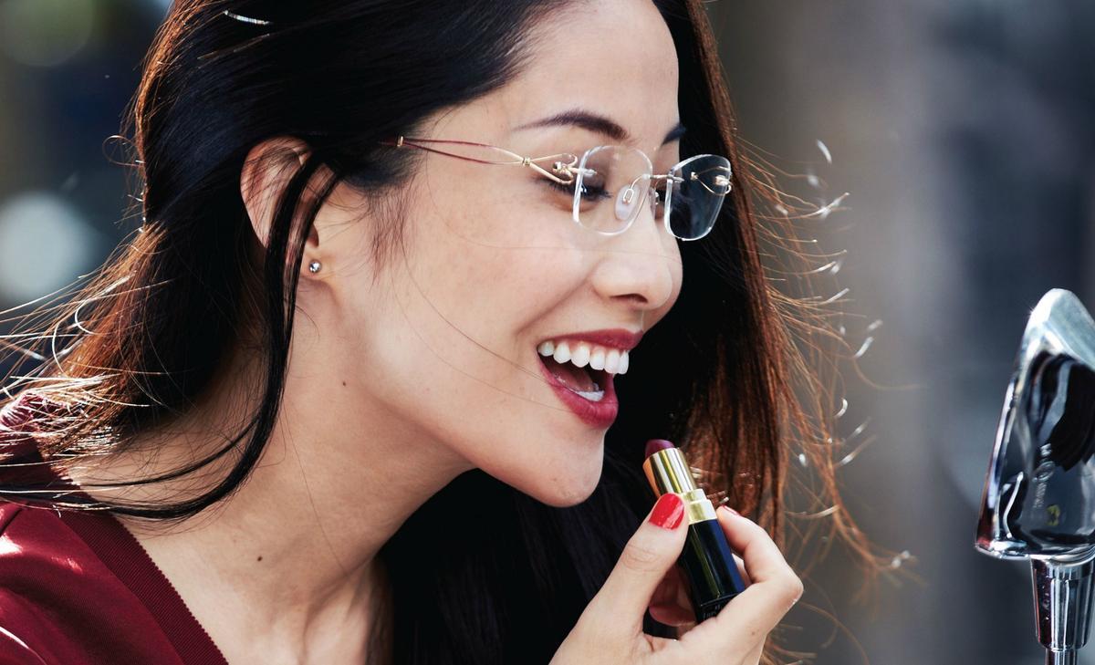 Comment se maquiller quand on porte des lunettes madame - Lunette pour se maquiller ...
