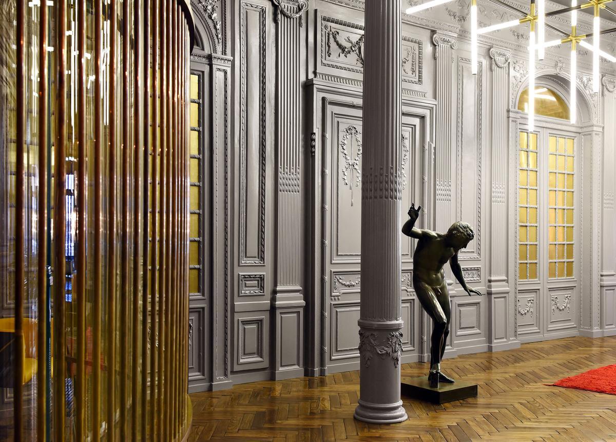 Fendi visite dans le salon des clients vip rome for Le salon du design