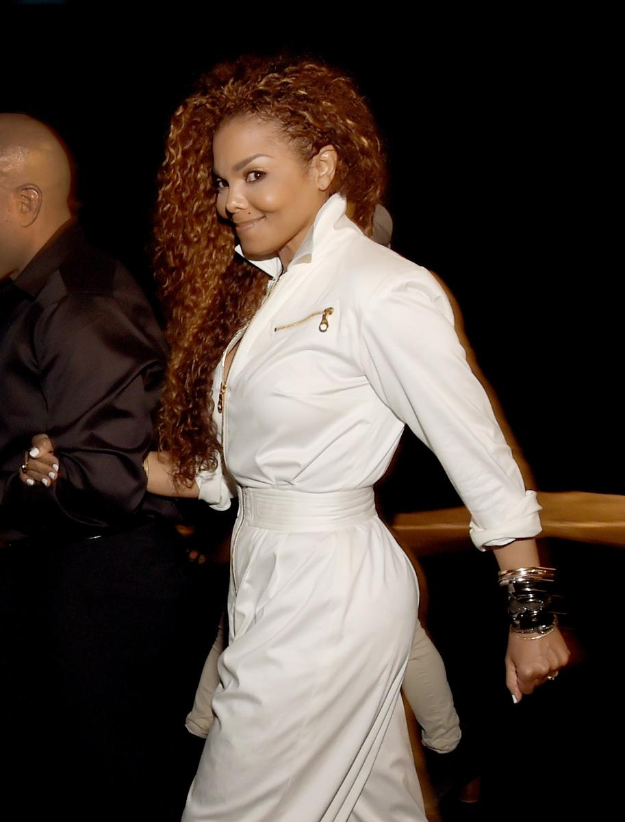 janet jackson accouche 50 ans madame figaro. Black Bedroom Furniture Sets. Home Design Ideas