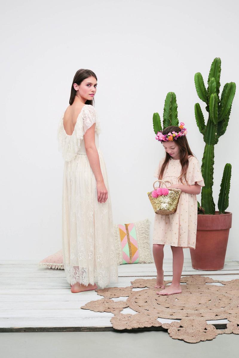 monoprix propose une robe de mari e moins de 300 avec. Black Bedroom Furniture Sets. Home Design Ideas