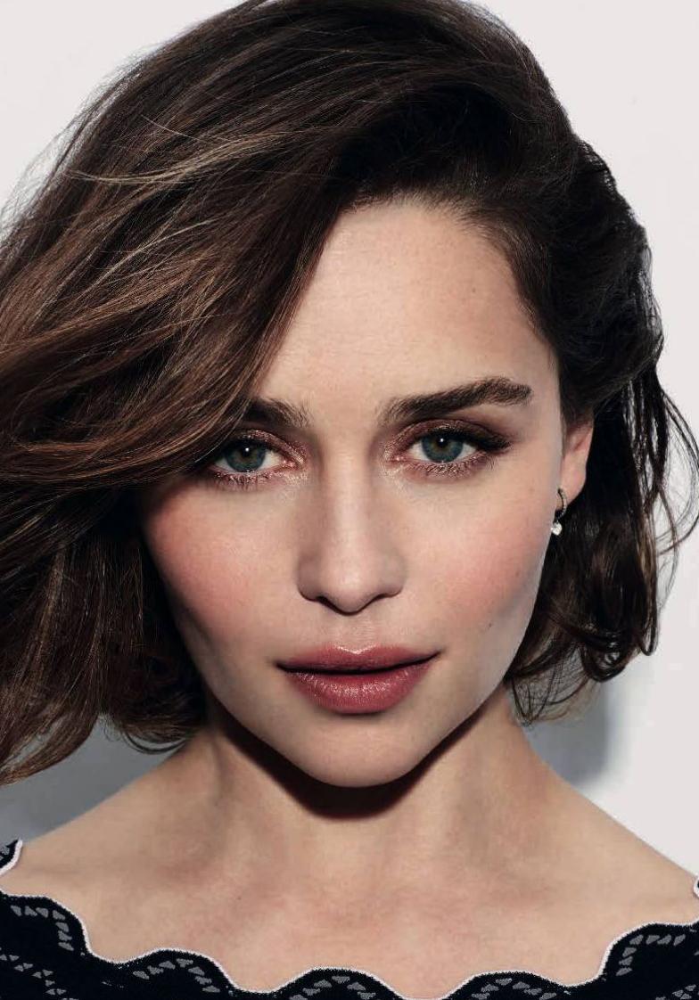 Emilia Clarke L Actrice De Quot Game Of Thrones Quot Est La