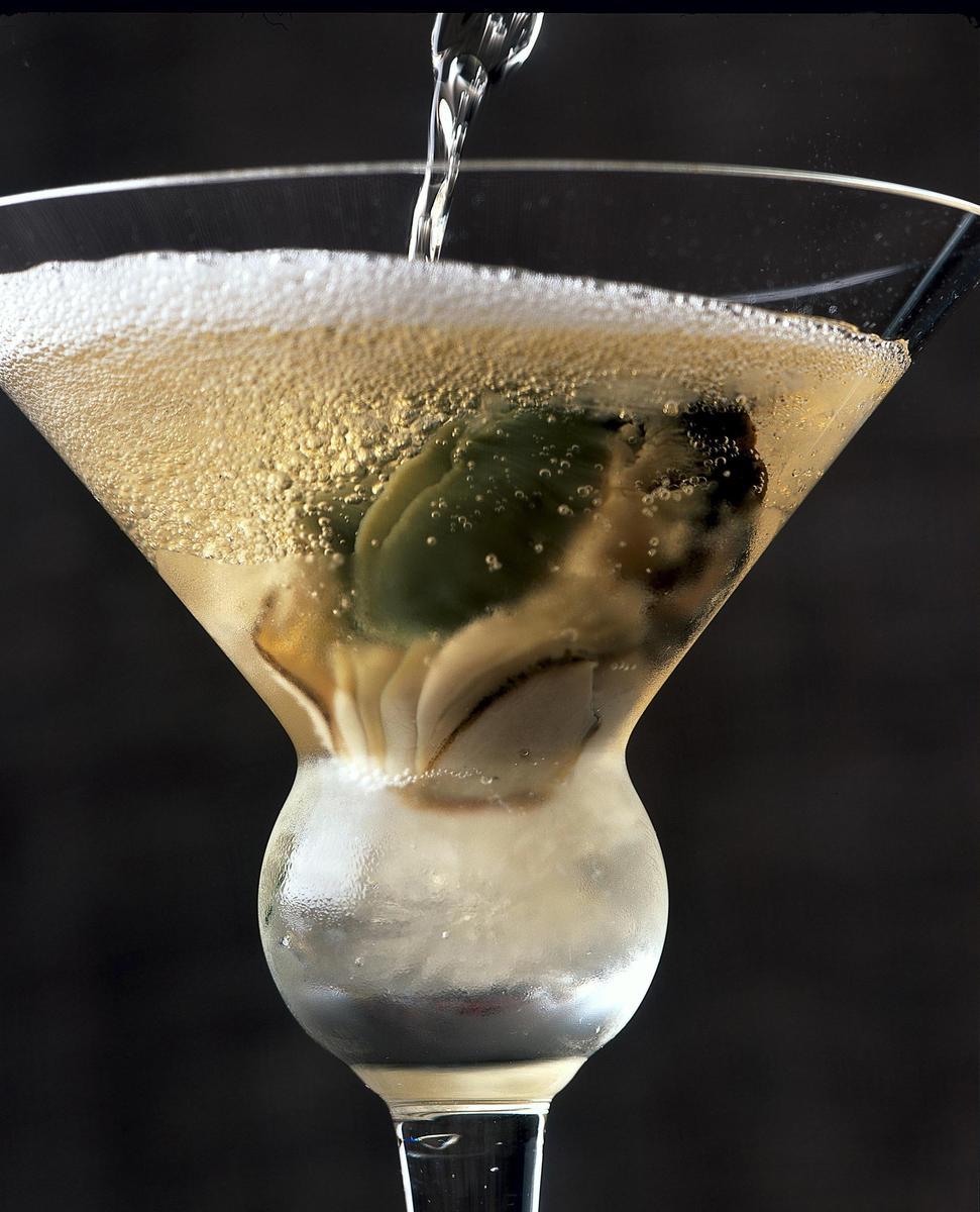 Recette cocktail oyster au champagne et hu tres cuisine for Cocktail au champagne
