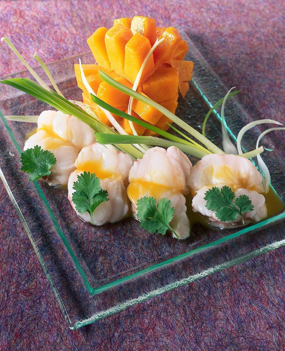 Recette minc de lotte en vinaigrette de mangue cuisine madame figaro - Lotte a l armoricaine recette cuisine ...