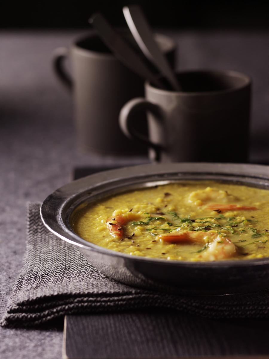 recette soupe de lentilles et crevettes l indienne cuisine madame figaro. Black Bedroom Furniture Sets. Home Design Ideas