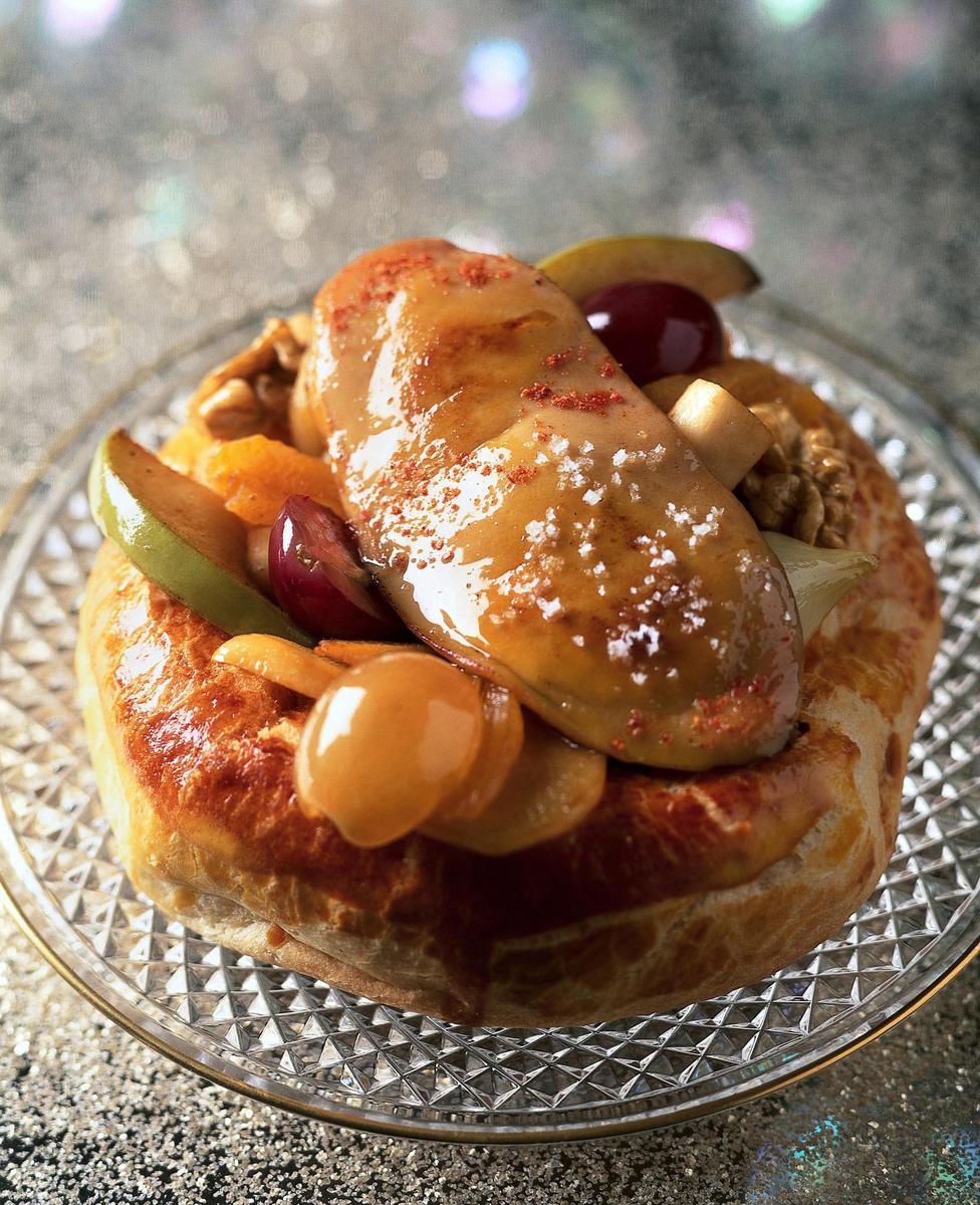 recette tartelettes brioch es foie gras po l cuisine madame figaro. Black Bedroom Furniture Sets. Home Design Ideas