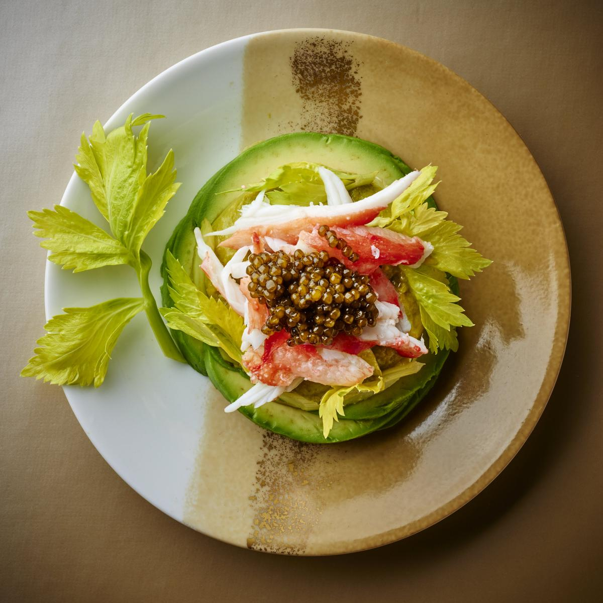 Recette king crabe avocat et caviar cuisine madame figaro for Idee entree facile