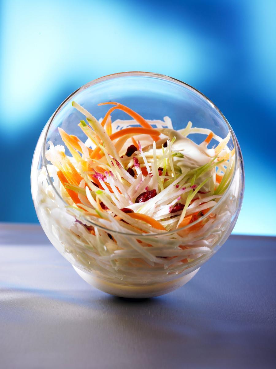 Recette coleslaw l ger aux cranberries cuisine madame for Entree facile et chic