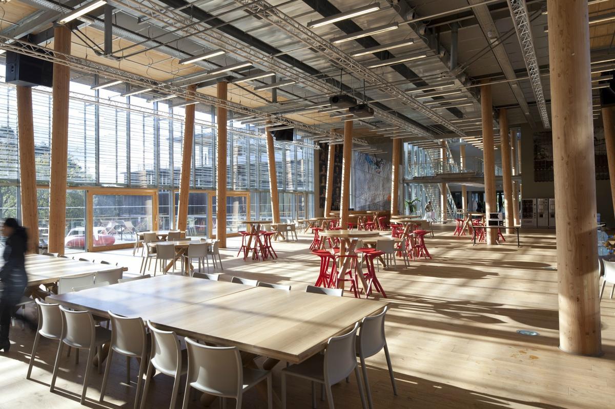 Bio locavores design les cantines d 39 entreprise qui - Cuisine schmidt siege social ...