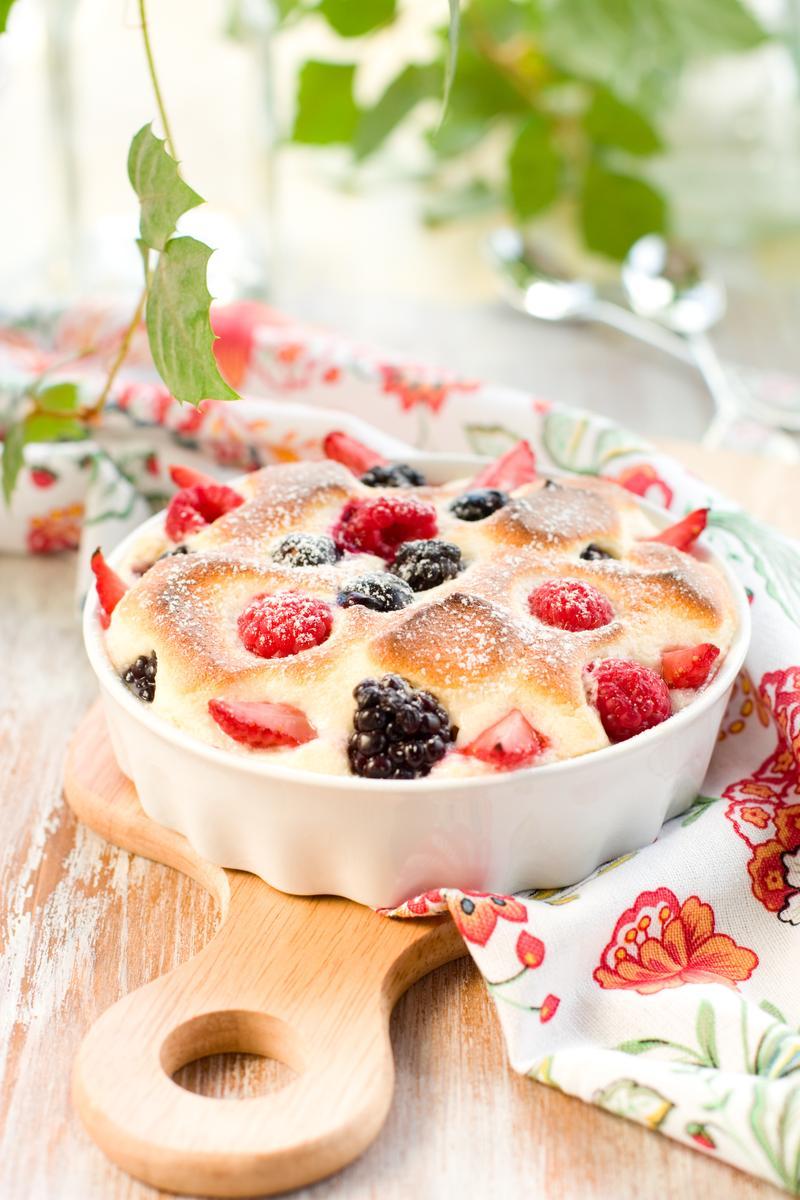 Recette gratin de fruits rouges cuisine madame figaro - Gratin de fruits rouges ...