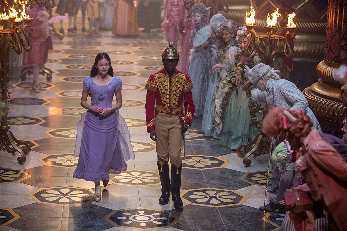 Casse-Noisette et les Quatre Royaumes [Disney - 2018] - Page 6 Casse-noisettes-et-les-4-royaumes-un-film-disney_0
