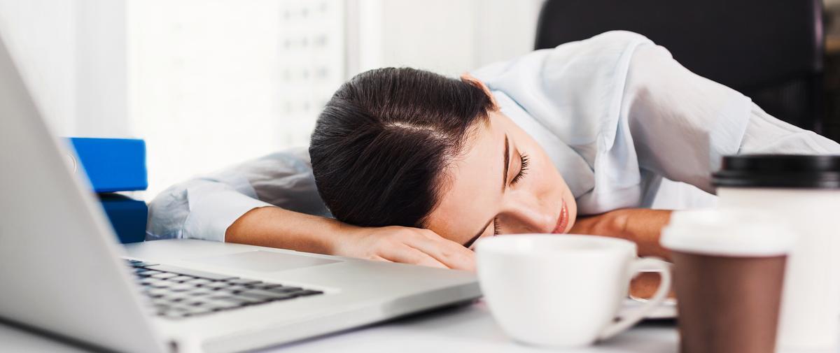 Ces erreurs commises avant de dormir et qui ruinent notre sommeil