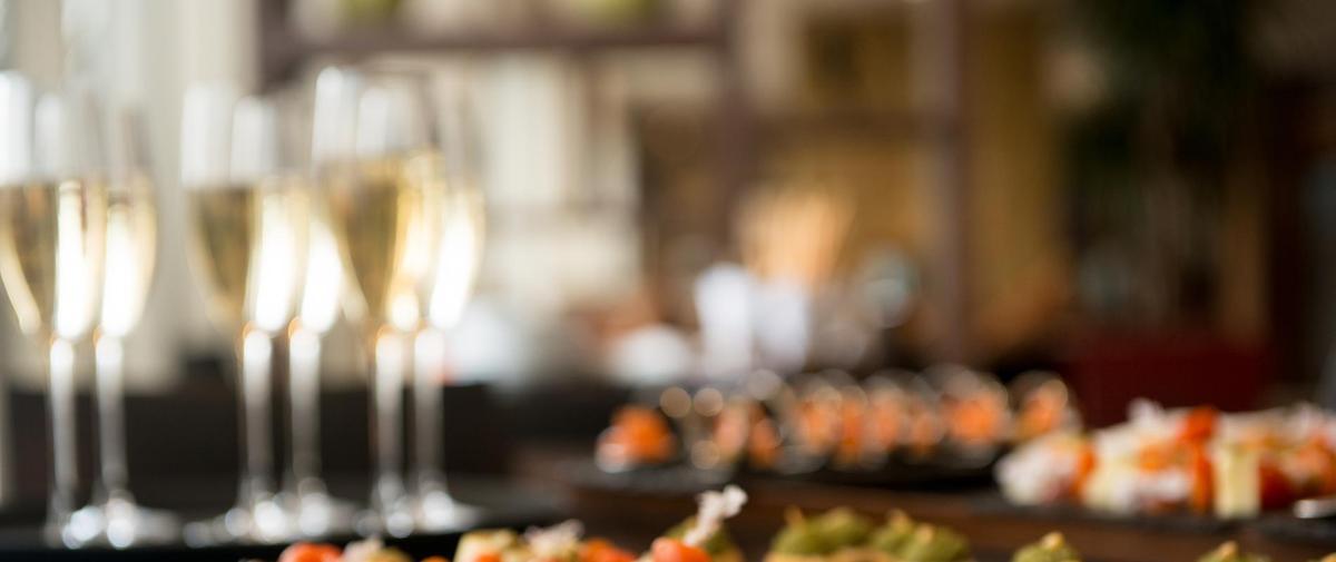 Apéritif dînatoire du Nouvel an : 16 idées de recettes pour combler ses invités
