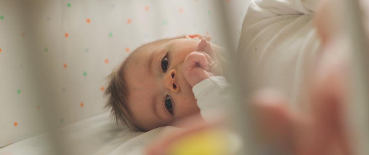 Pourquoi mon bébé ne dort pas alors que celui des autres, oui ?