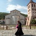 Les femmes resteront interdites sur le Mont Athos