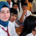 Turquie : lycéennes et collégiennes autorisées à porter le voile