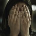 Féminicide : tuer une femme doit-il être reconnu comme un crime spécifique ?