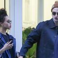 Vus ! Robert Pattinson et sa nouvelle petite amie (presque) incognito à Paris