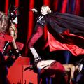 The show must go on : les chutes (et les rattrapages) des stars sur scène