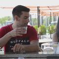 Cette vidéo prouve combien il est facile de droguer une femme à son insu