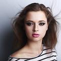 Conseil maquillage : réaliser un smoky eyes inversé
