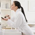 Les réflexes à avoir pour éviter la peau grasse