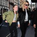 Lila Grace, la fille de Kate Moss, pose pour sa première campagne de publicité