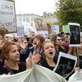 Interdiction quasi-totale de l'avortement : la Pologne se ravise