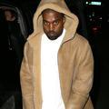 Kanye West a refait surface, avec une nouvelle couleur de cheveux