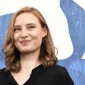 Julia Roy, la (nouvelle) beauté diaphane du cinéma français