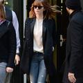 Emma Stone, Diane Kruger, Gigi Hadid : comment les stars portent le jean déchiré