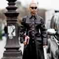 """Street style : quand les """"eighties"""" inspirent les élégantes parisiennes"""