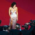 Natalie Portman, Bella Hadid, Angelina Jolie... Les 10 commandements mode du Festival de Cannes