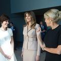 En images, la rencontre de Brigitte Macron et Melania Trump à Paris