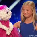 """Une ventriloque de 12 ans bluffe le jury d'""""America's Got Talent"""""""