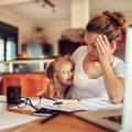 Burn-out parental, ou la tyrannie de l'exigence