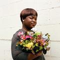À Londres, une entreprise sociale forme les réfugiées au métier de fleuristes