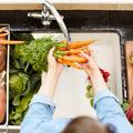 Peut-on supprimer les pesticides de nos fruits et légumes en les lavant ?