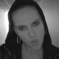 """""""Quand j'ai accouché je n'ai même pas poussé"""", le rap provoc' de Natalie Portman à la télé américaine"""