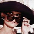 Audrey Hepburn, Kate Moss, Bella Hadid… On s'inspire des icônes de mode pour choisir nos lunettes de soleil