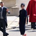 """Victoria Beckham moquée sur Twitter pour sa tenue """"d'enterrement"""" au royal wedding"""